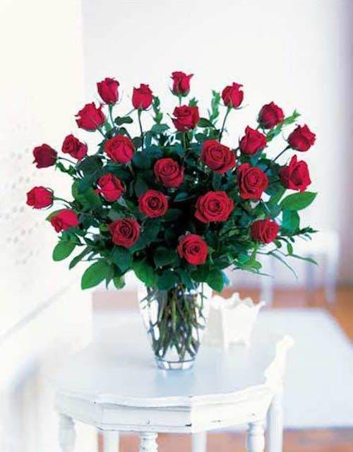 18 Roses Arranged