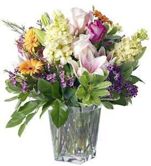 A Classic English Garden Bouquet