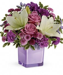 LAvendar Flower Bouquet Cincinnati (OH) Same-day Delivery
