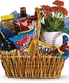 Includes oversized keepsake baseball mug~!