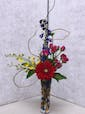 Vase with flowers that match